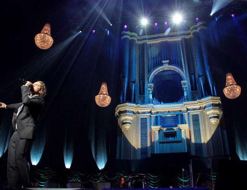 chandelierrental-chandeliers-royal-albert-hall